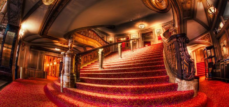 奢华室内大红地毯扶梯背景