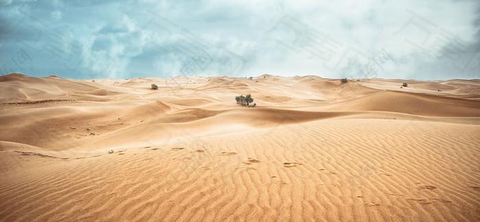 沙漠海报背景图