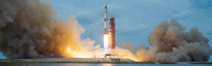 火箭喷射背景