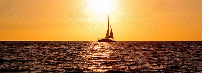 黄昏海面风景背景