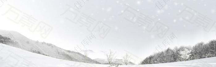 白色雪山背景